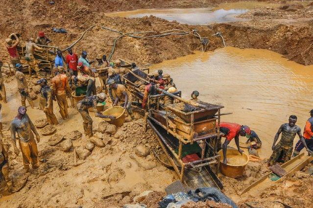 gold mine - 21 Bodies Found Two Months After Mudslide At Goldmine