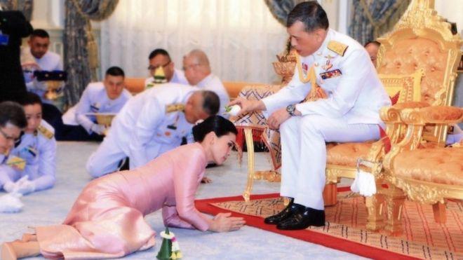 106760672 mediaitem106760670 - Thailand King Vajiralongkorn Marries Head Of His Personal Security, Suthida Tidjai