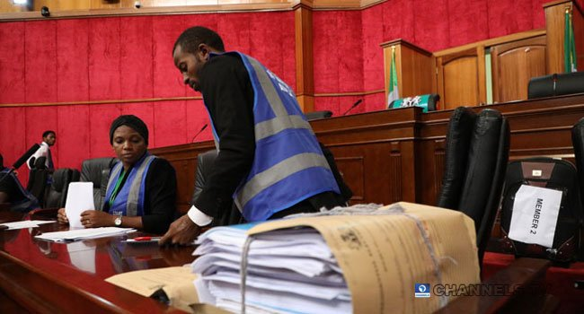 3 19 - Just In: Security Operatives Barricade Abuja Appeal Court Premises (Photos)