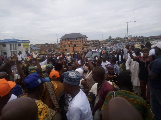 APC supporters celebrate2 - Adeleke vs Oyetola: See How APC Celebrated Oyetola's Appeal Court Victory (Photos)