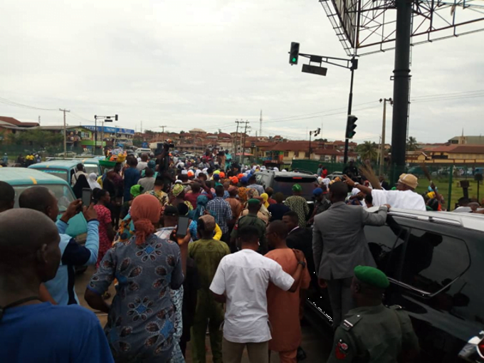 APC supporters celebrate3 - Adeleke vs Oyetola: See How APC Celebrated Oyetola's Appeal Court Victory (Photos)