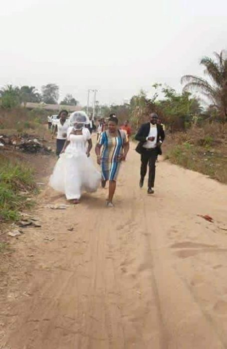 Bride runs - Photos: Bride Runs Away From Wedding Ceremony After Discovering The Groom Lied To Her