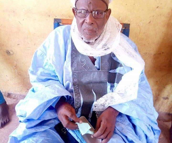 D6BM9EYXoAAv0mS 1 720x600 - Gun Men Attack Sokoto Community, Kill Traditional Ruler