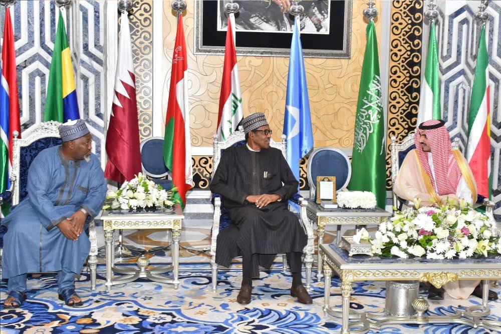 D71w5usXUAAevxY - Buhari Arrives Saudi Arabia For OIC Summit (Photos)