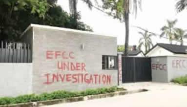 Saraki house 1 - More Trouble For Saraki As EFCC Seizes His Houses (Photos)
