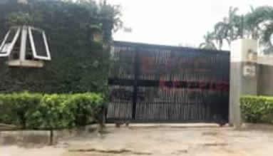 Saraki house 3 - More Trouble For Saraki As EFCC Seizes His Houses (Photos)