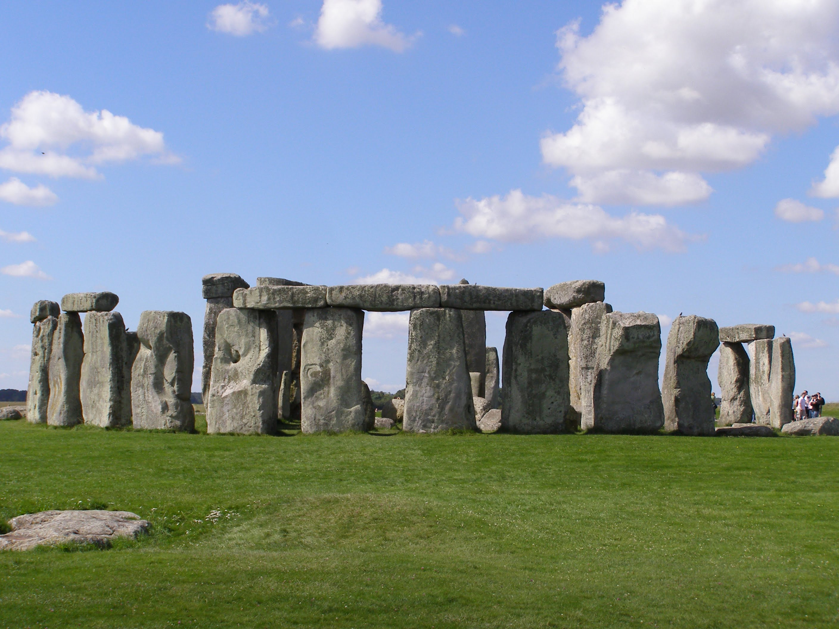 Stonehenge2007 07 30 - The Top Ten Strangest Places On Earth That Might Interest You