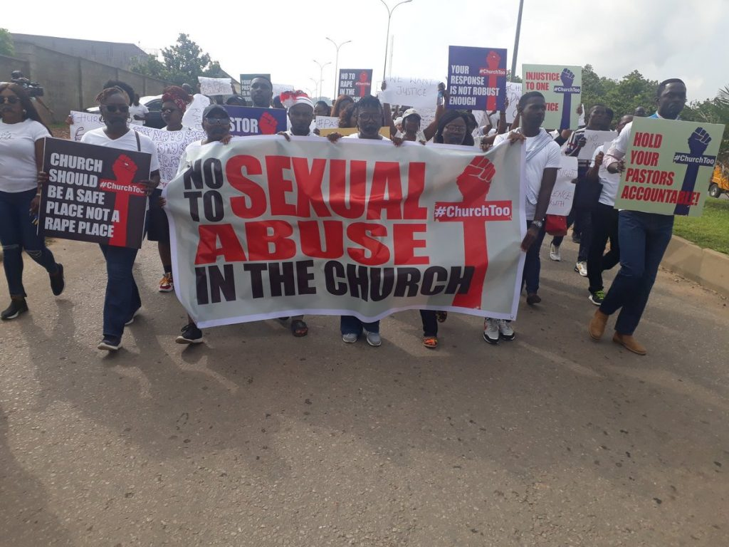 D TCQP5XYAAWYR3 1024x768 - Photo News: Protesters Storm COZA Lagos, Abuja