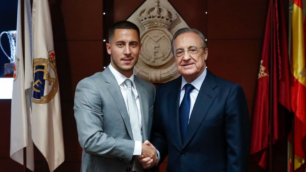 D89jI82X4AEn g0 1024x576 - Real Madrid Unveil Hazard To 50,000 Fans (Video/Photos)