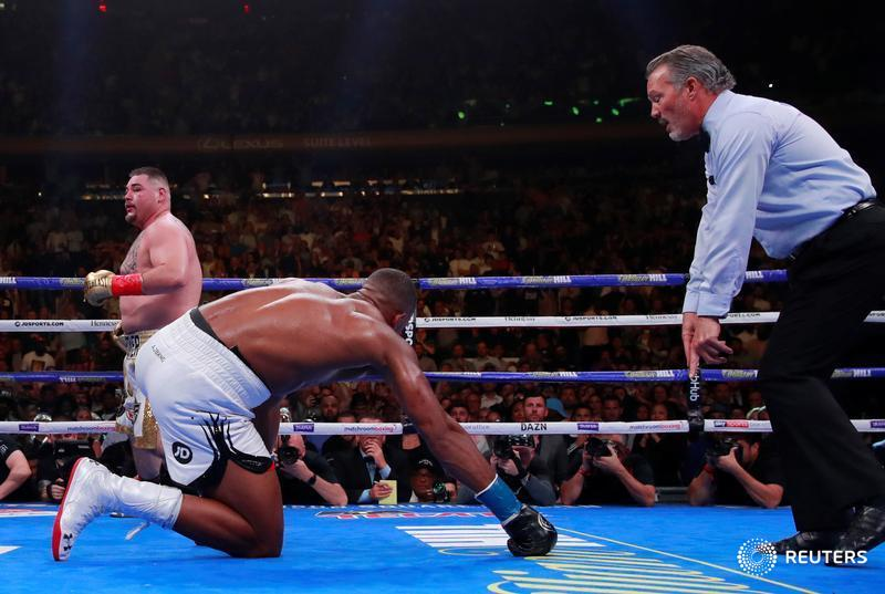 Joshua down - Breaking: Ruiz Destroys Anthony Joshua (Video)