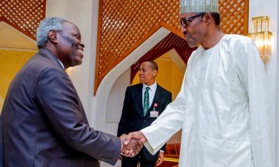 Nigerians React As Pastor Kumuyi Tells Christians Not To Attack Buhari