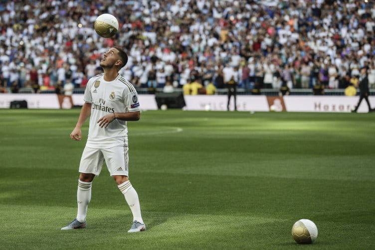 spain soccer real madrid hazard 752x501 - Real Madrid Unveil Hazard To 50,000 Fans (Video/Photos)