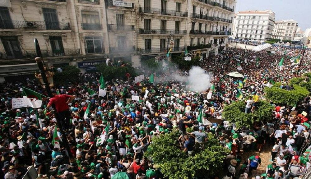 1024x576 805939 1000x576 - Algeria Promises To Investigate Attack On Protesters By Security Forces