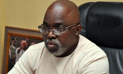 FG Endorses Pinnick's FIFA Ambition