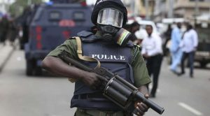 Police officer with gun 300x166 - All Kidnapped Police Officers Regain Freedom