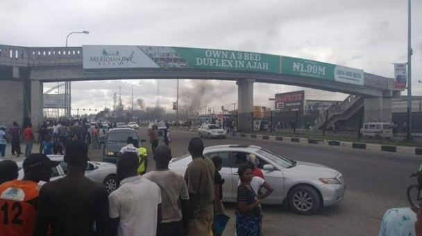 One Shot Dead At Lekki Shoprite As Nigerians Protest Xenophobic Attacks