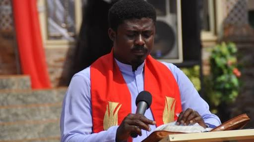 Rev. Ebube Muonso Roasts South East Governors (Video)