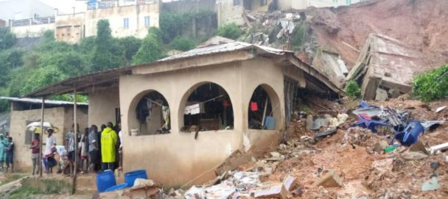 Building collapse - Building Collapses In Magodo, Kills Four