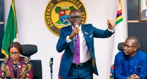 sanwo olu meets TUC 300x162 - COVID-19: Sanwo-Olu Directs Lagos Civil Servants Not To Resume Work