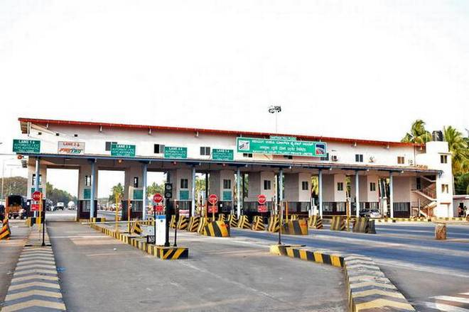 Breaking: Buhari Govt Returns Toll Gates On Federal Roads