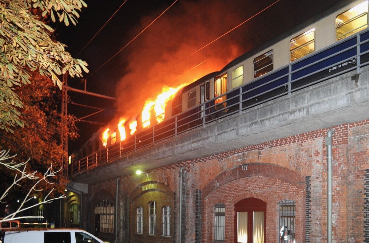 train1 - Train Conveying Football Fans Catches Fire (Photo)