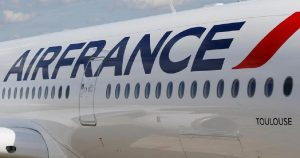 air france 300x158 - FG Says Air France, Lufthansa Can Now Operate in Nigeria's Airspace