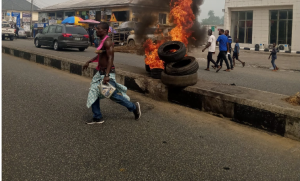 protest in bayelsa 300x181 - Bayelsa: PDP Secretariat, Others Set Ablaze As Protest Rocks Yenagoa