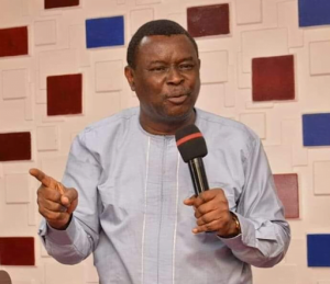 Mike Bamiloye preaching 300x259 - You Are An Assassin If You Dress And Dance Seductively In Church- Mike Bamiloye
