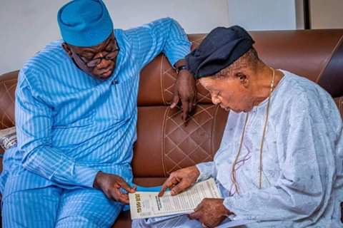 Breaking: Governor Fayemi Visits Alaafin Of Oyo After Receiving 'Powerful' Warning Letter