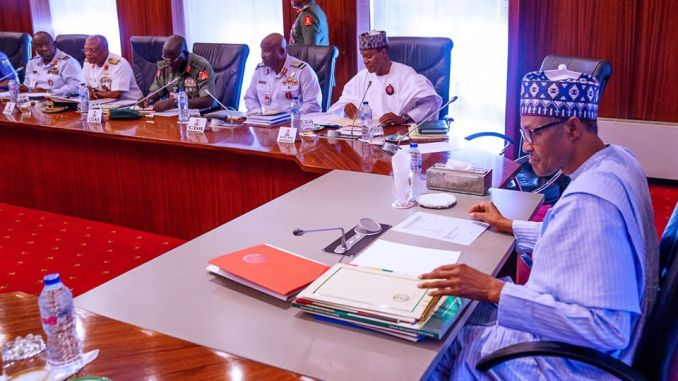 Buhari Meets Service Chiefs Before Leaving For Medical Checkup In UK