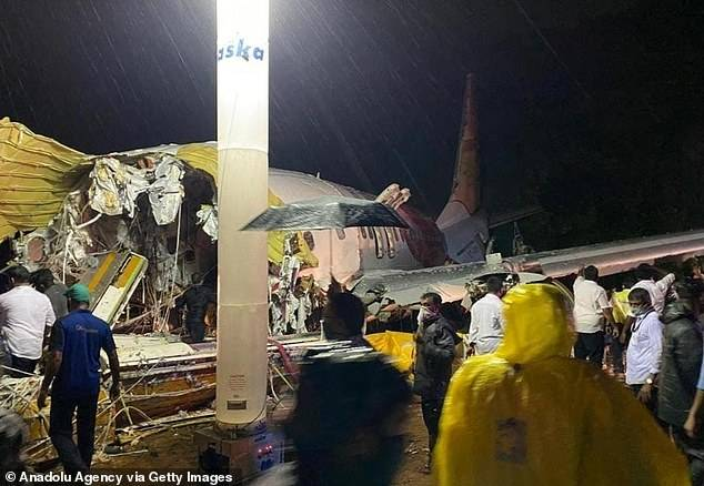 Aircraft Crash 1 - 16 Dead, 123 Severely Injured As Flight Carrying Stranded Citizens Crash-lands At Calicut Airport (Photos)