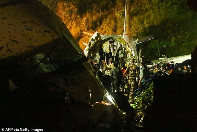 Aircraft Crash 2 - 16 Dead, 123 Severely Injured As Flight Carrying Stranded Citizens Crash-lands At Calicut Airport (Photos)