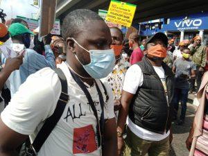 EepW gRXkAEHRpo 300x225 - Protest Rocks Ibadan Over Fuel Price, Electricity Tariff Hike