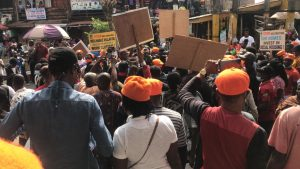 EepW klWsAMIwF7 300x169 - Nigerians Launch Protest Against Ill-Treatment On Nigerian Traders In Ghana