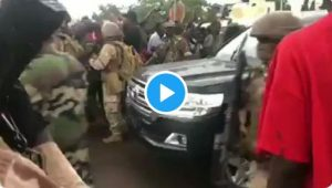 Moment Soldiers Arrested Mali President, Ibrahim Boubacar Keïta (Video)