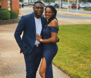 5f5b1c9012bb8 300x257 - Nigerian Man Weds Lady He Met While Selling Oranges As A Child (Photos)