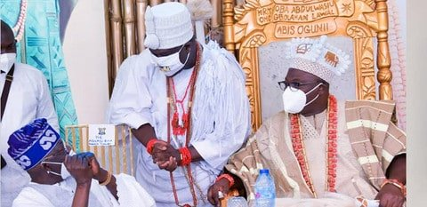 Tinubu Ogunwusi and Oniru.fw  - Fani-Kayode Bombs Tinubu For Refusing To Greet Ooni Respectfully