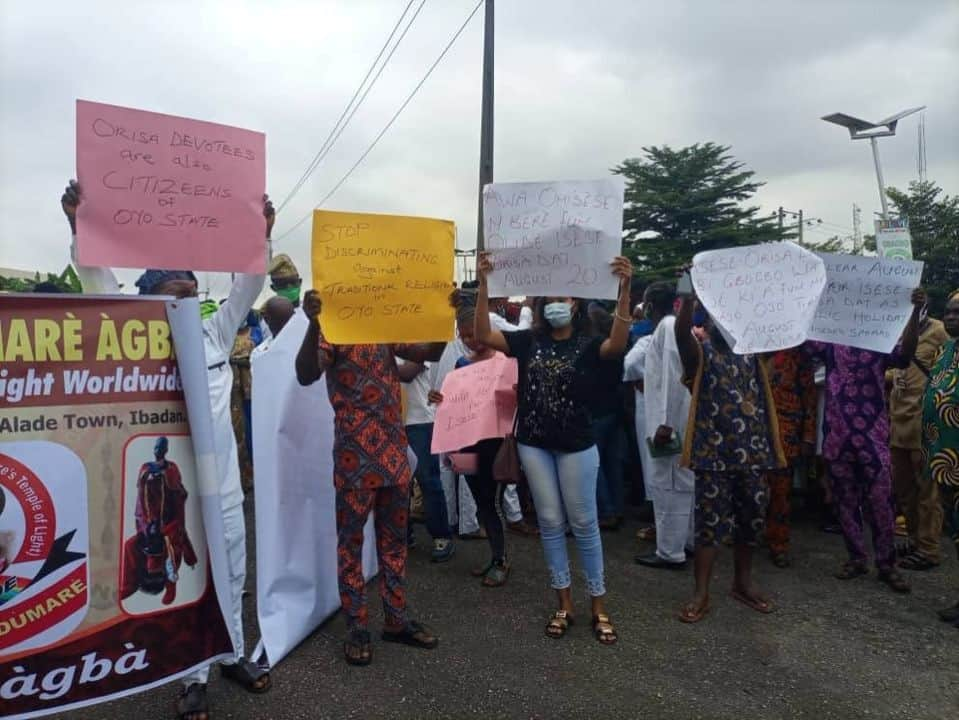 Traditional Worshipers 2 - Traditional Worshipers In Oyo Demands 5 Public Holidays, Protests Against Marginalization