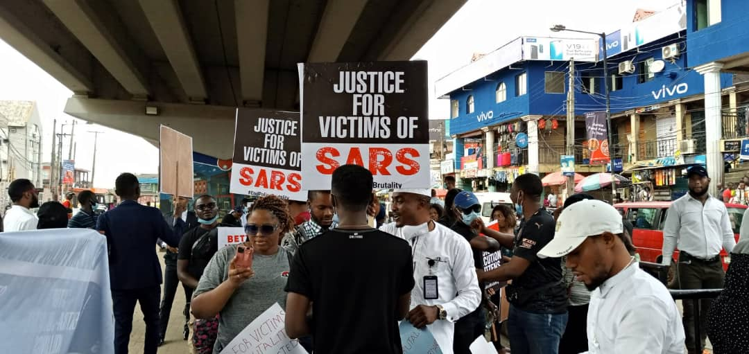SUV Runs Into Lagos #ENDSARS Protesters, Two Killed, Others Injured (Video)