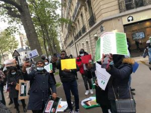 Nigerians in France 1 300x225 - #EndSARS: Nigerians In France Join Protest, Ask Buhari, IGP To Resign