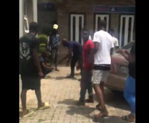 Police Beats Security Man 300x248 - EndSARS: Police Beat Up Security Guard For Asking For A Warrant To Search A Hotel