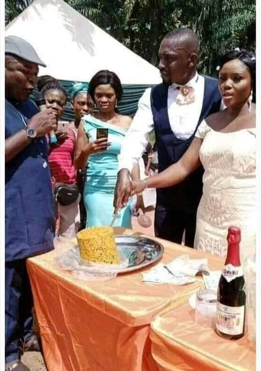 Cake - Igbo Couple Make History, Use Ukwa [Breadfruit] As Wedding Cake – [Photo]
