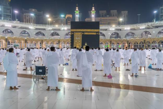 The Grand Mosque was opened for 20000 Umrah pilgrims on Sunday - Saudi Arabia Grand Mosque Opened For 20,000 Umrah Pilgrims On Sunday