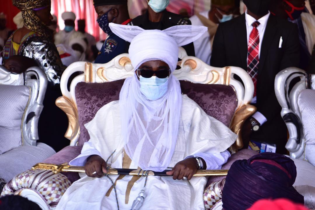 new Emir of zazzau bamalli - El-Rufai Presents Staff Of Office To Ahmad Bamalli As 19th Emir Of Zazau (Photos)