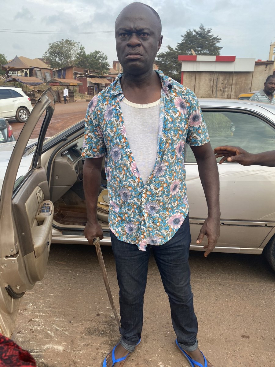 Cutlass Man 2 - Moment 'Frustrated' Man Attempted To Butcher Another Man After Hitting His Car – [Photos]