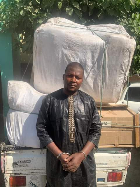 Looter 2 - Man Steals N8m Worth Of Goods From Kano Warehouse – [Photo]