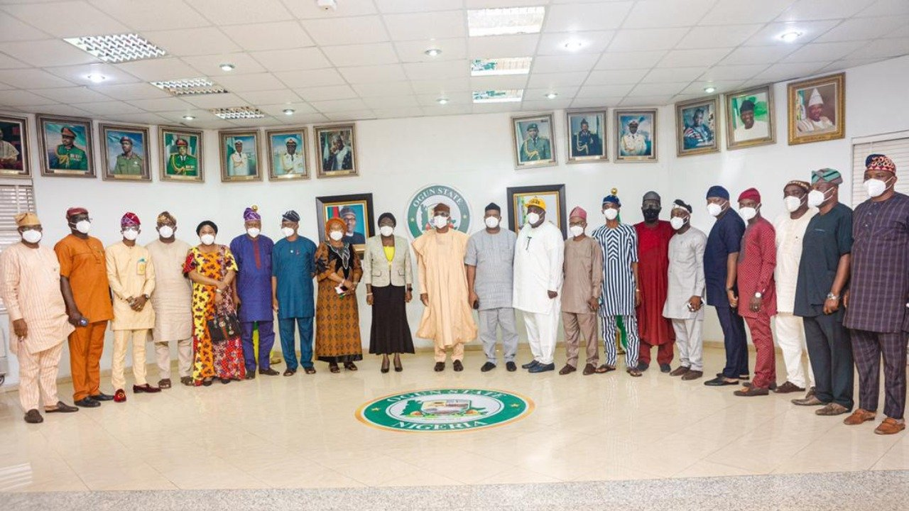 APC New Members 4 - Photos, Names Of Lawmakers That Joined APC From APM In Ogun