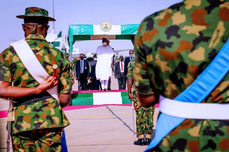 Buhari returns 3 - President Buhari Arrives Abuja From Daura (Photos)