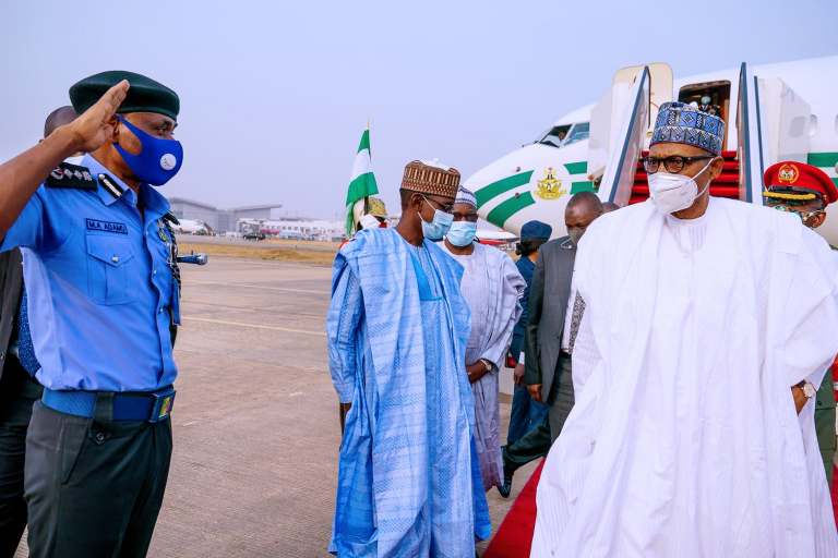 Buhari returns 5 - President Buhari Arrives Abuja From Daura (Photos)