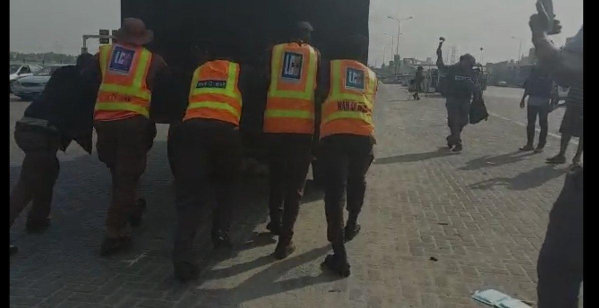 EuGIL7pXIAAJmut - Highlight Of Lekki Toll Gate Protest (Photos)